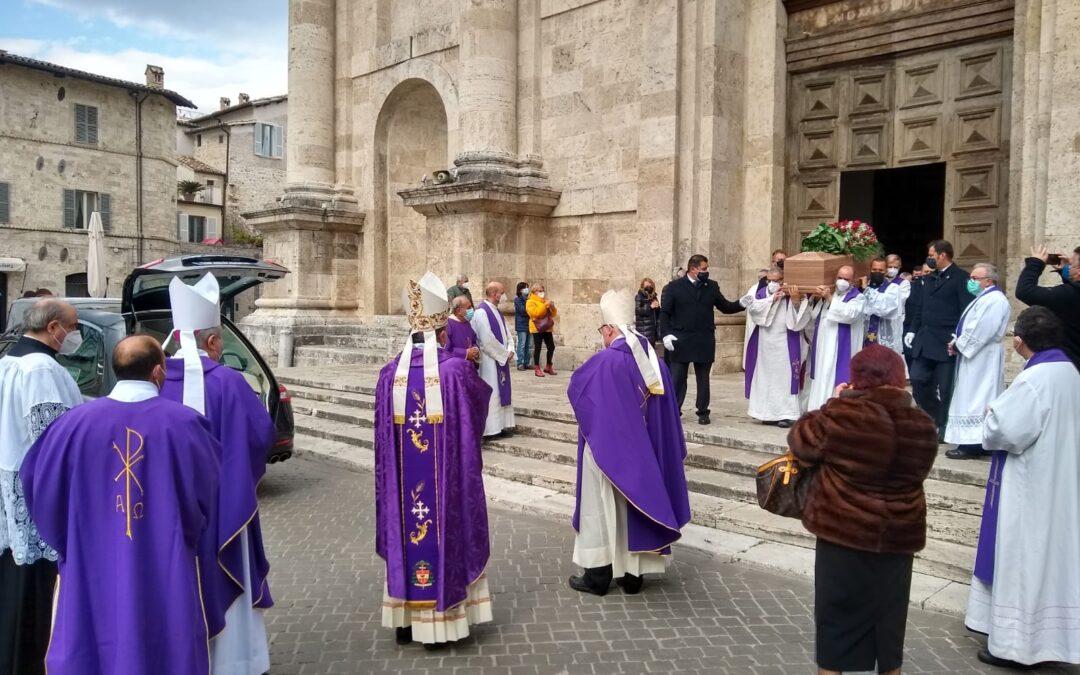 Omelia del Vescovo Domenico nelle esequie di don Giuseppe M. Bachetti